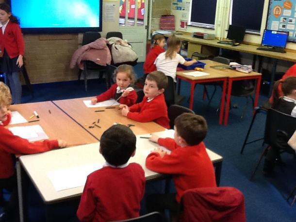 Children enjoying drawing club