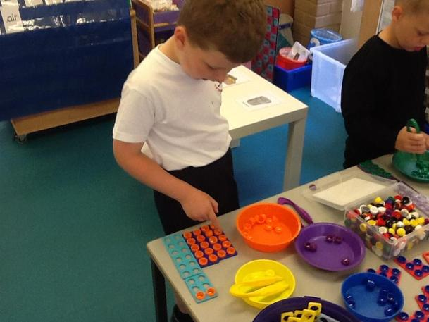 lets count our buttons using ten frames.