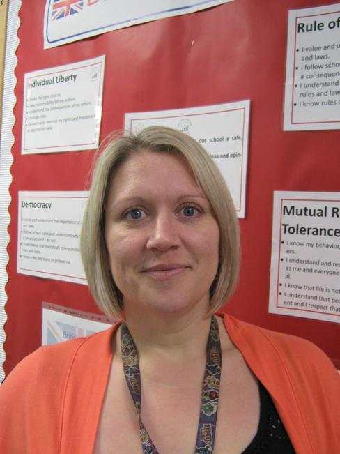 1:1 Teaching Assistant - Miss Kate Perkins
