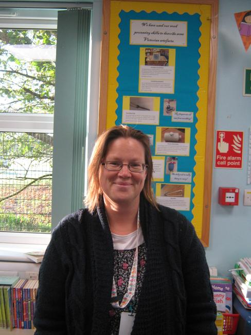 1:1 Teaching Assistant - Mrs Naomi Young
