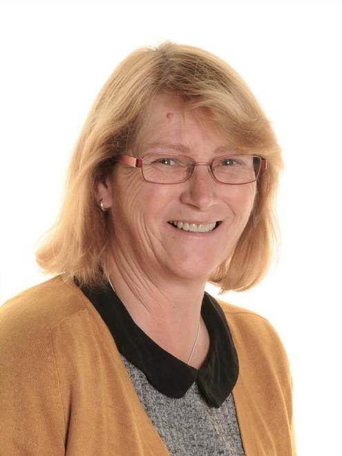 Mrs Carol Wood (Welfare Assistant)