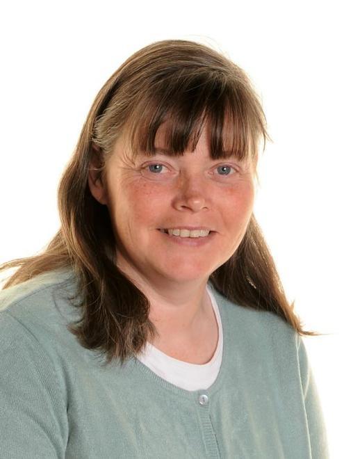 Mrs Elizabeth Woodhouse (Teaching Assistant)