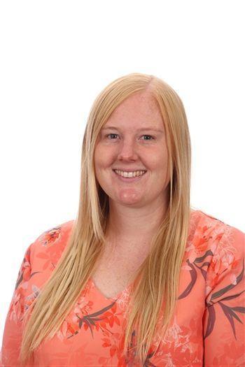 Mrs Dewsnap - Y5 Teacher