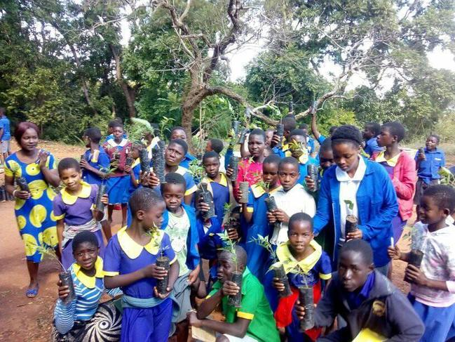 Mbame School in Malawi, plant and learn about the importance of trees to our world