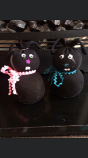 Crafty cats.