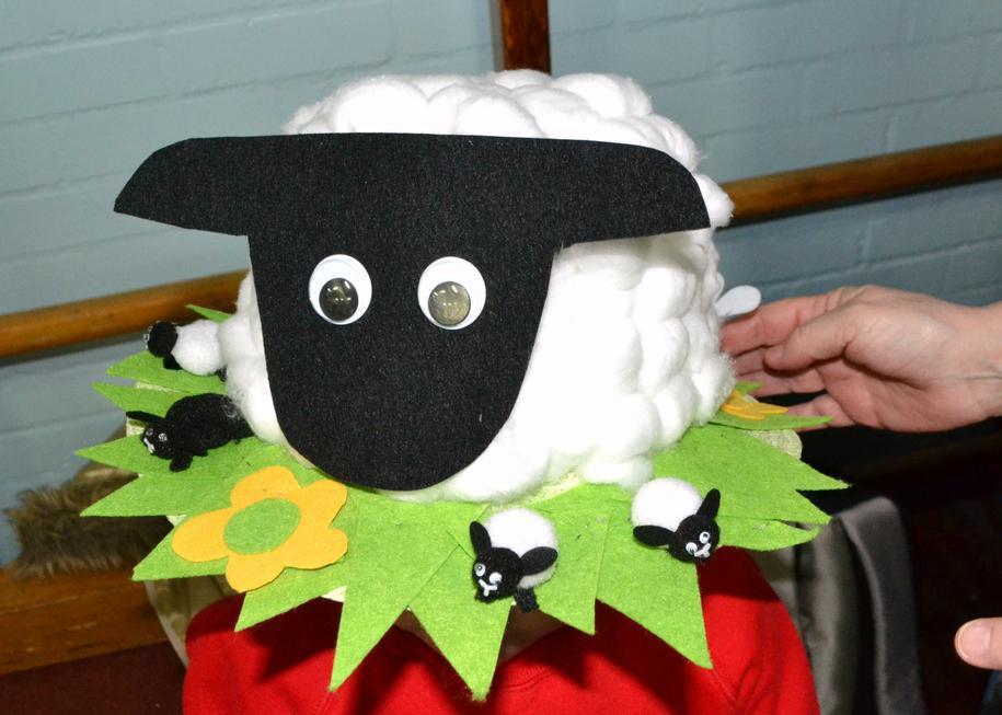 Super sheep hat
