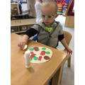 Making 'crafty' pizzas!