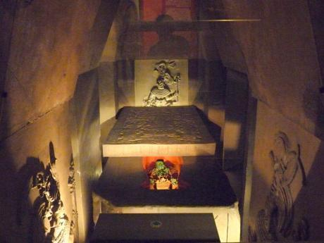 A museum replica of how the tomb may have looked