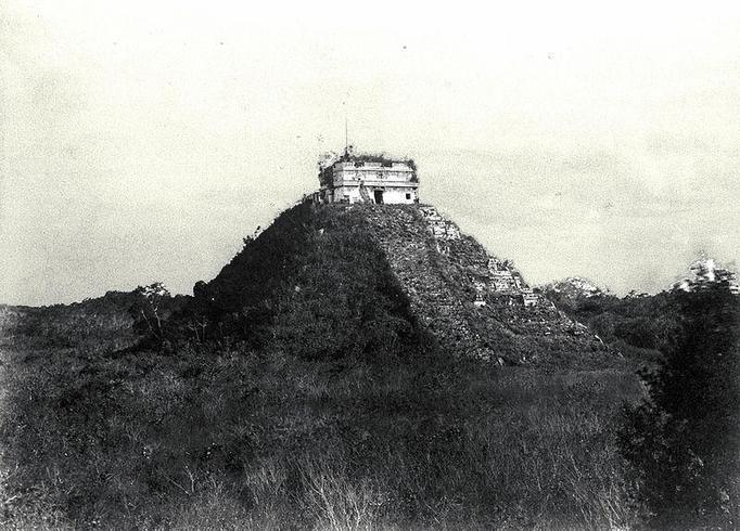 El Castillo photographed by Teobert Maler in 1892