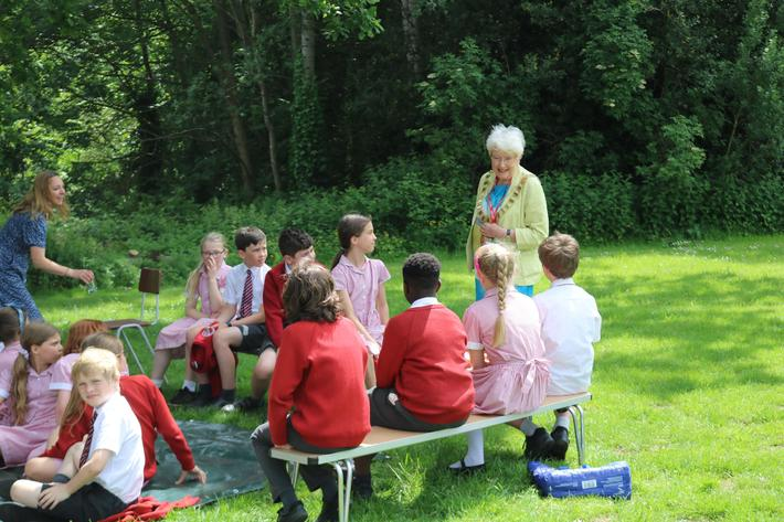 Eco and School Council welcomed discussions with the Town Mayor - June 21