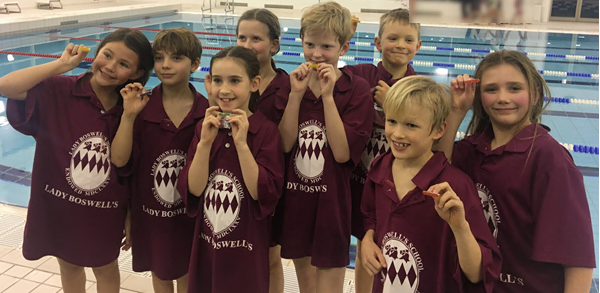 Year 3 and 4 Sevenoaks Swimming Gala Team - Jan 20