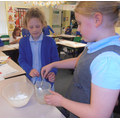 Making cornflour slime