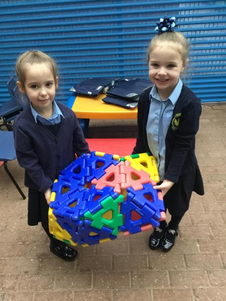 Using the large Polydron
