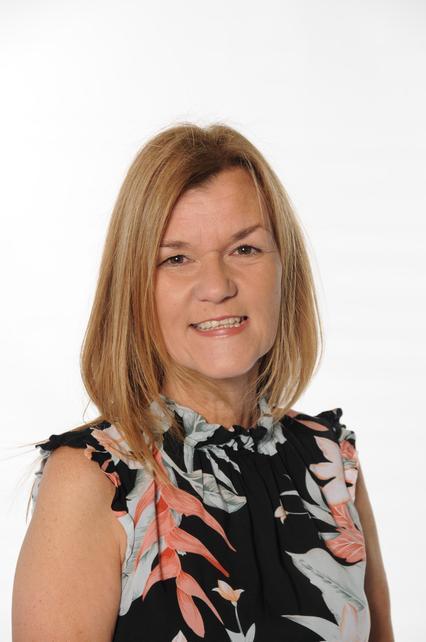 Janine Davies (Communication Learning Leader)