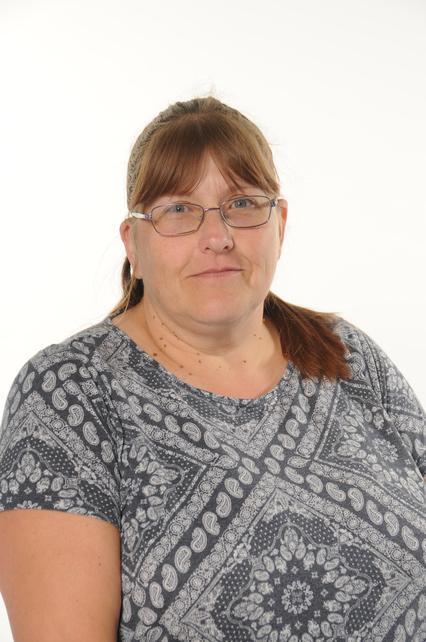 Ruth Curtis (HLTA)