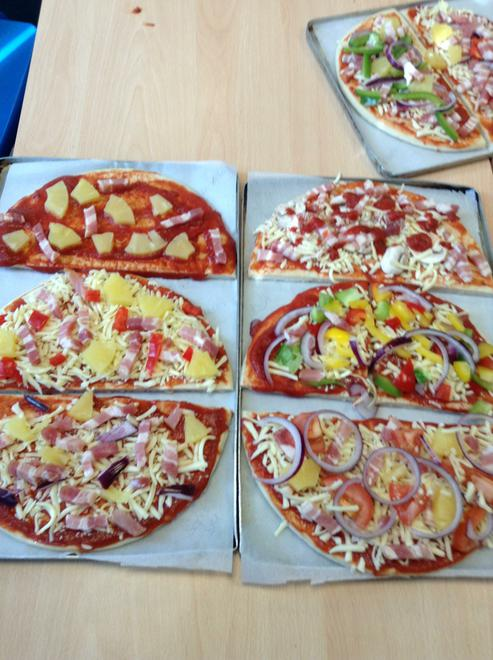 Cookery in Y6 - Pizzas