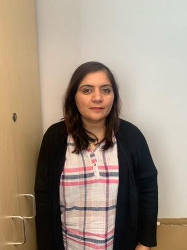 Rabia Khizer - Learning Support Assistant