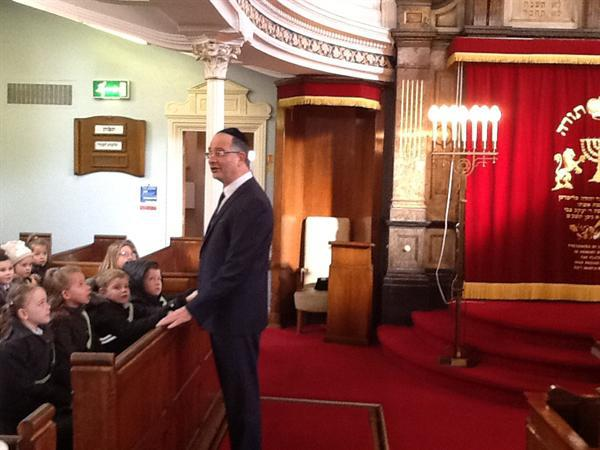 Year 2 trip to The Synagogue
