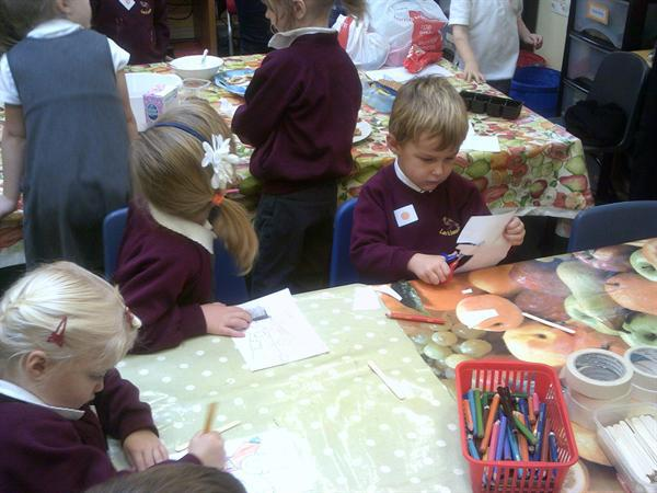 A busy morning at our Autumn Workshop!