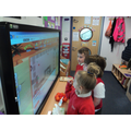 Number bonds to 10 using the interactive board
