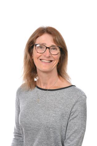 Sue Sizer - Nursery Nurse/Key Person