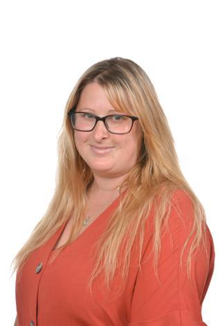 Shelley Bristoll - Lunchtime Supervisor/Cleaner