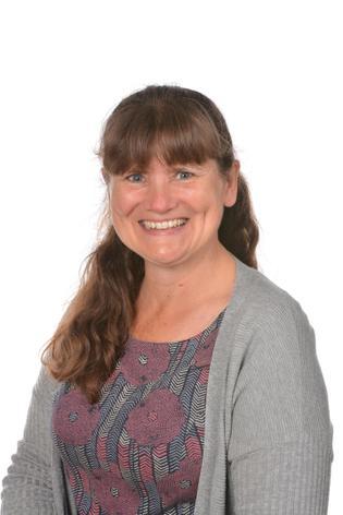 Lorraine Eykelbosch - Learning Support Assistant