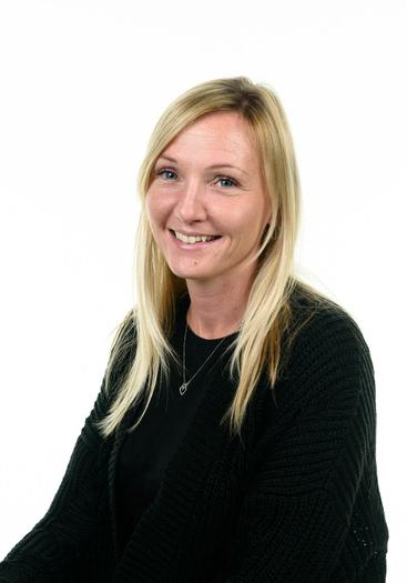 Mrs Damerell -Higher Level Teaching Assistant
