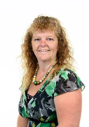 Mrs Holten - Higher Level Teaching Assistant
