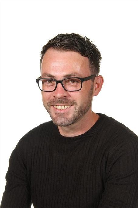 Mr S Thompson - Site Supervisor