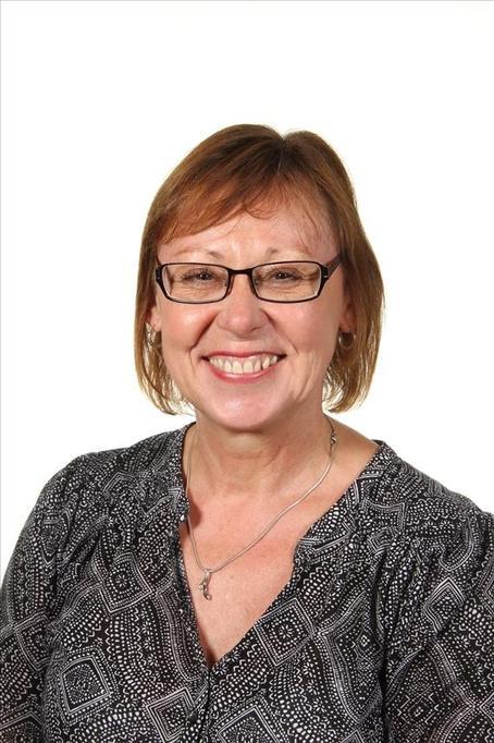 Mrs L Bayley - Elm Class Teaching Assistant