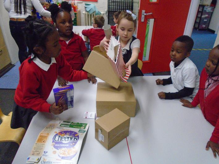 Making a mosque using junk boxes