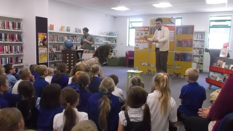 A play to encourage reading