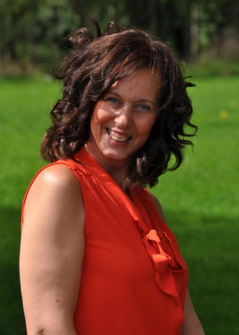 Mrs Dawn Mallard