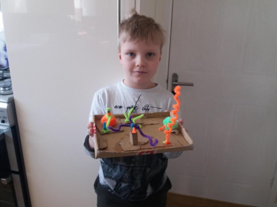 Crafting with pipe cleaners