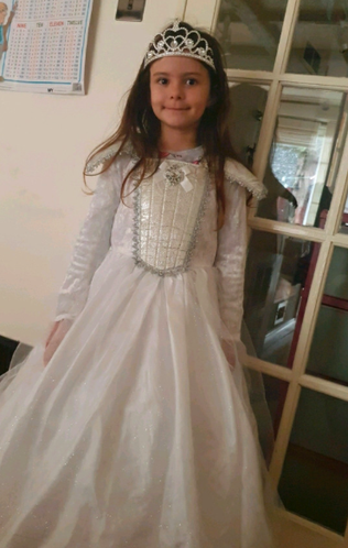 Medina as a Princess