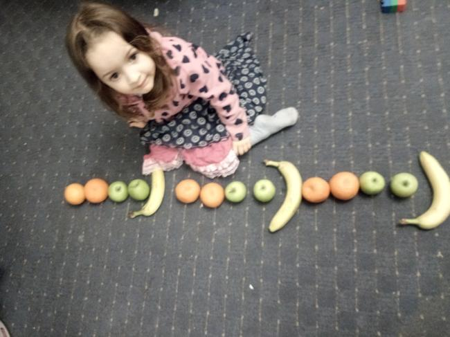 Sofia making repeating patterns. Great work Sofia!