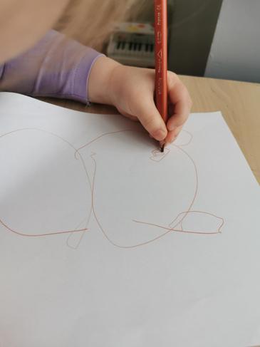 Lena K's drawing of a bear.