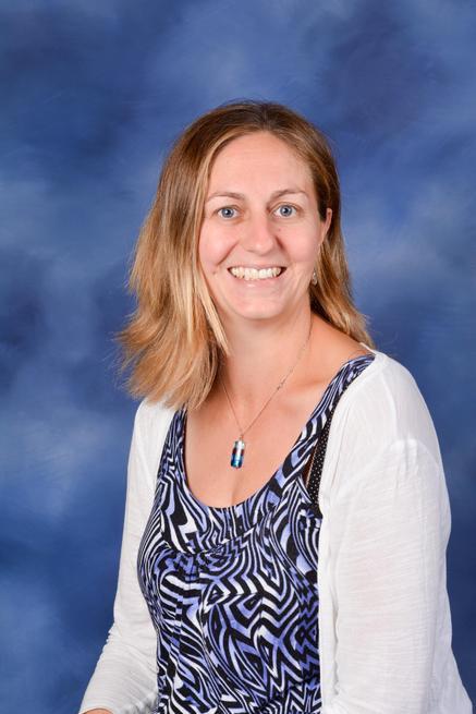 Mrs Kelly Harries, Headteacher