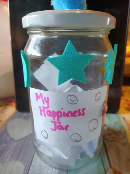 Charlotte Clinging's happiness jar