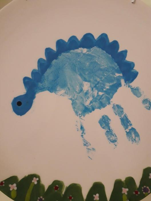 Hand print dinosaur!