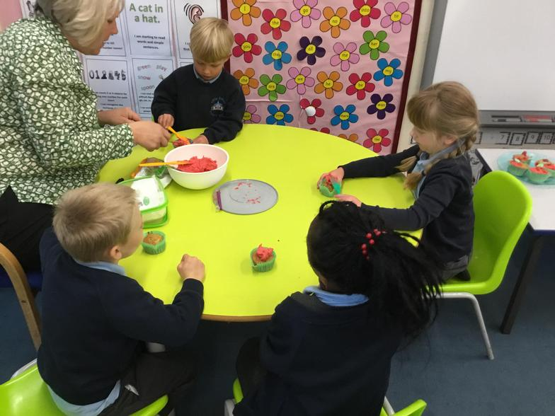 The hungry Caterpillar apple cakes.