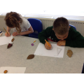 Year 3 observing and sketching leaves
