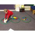 Sorting and naming 3D shapes