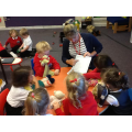 Sharing ideas together when writing a sorry letter