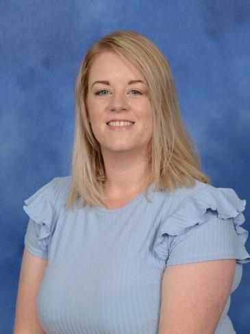 Mrs L Lees - Keyworker