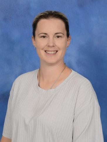 Mrs L Edney - Keyworker