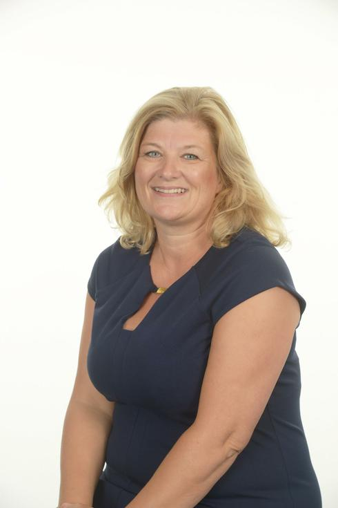 Mrs N Farrell - Headteacher