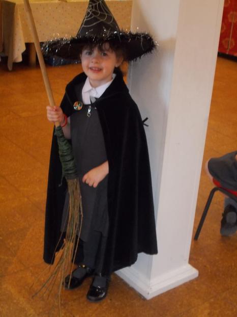 Ellie 'Witch'