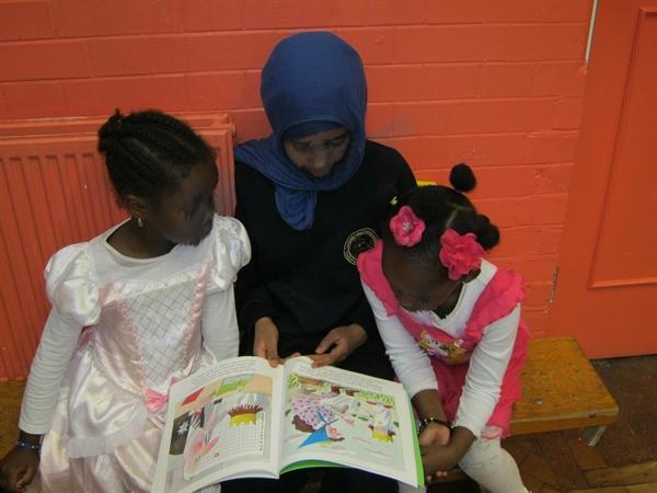 Yr6 Pupil reading